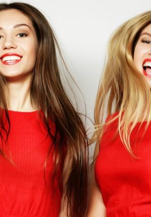 ALERTĂ DE TREND: Roșu pentru un look feminin