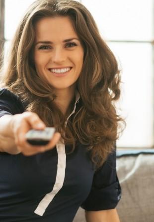 3 motive să cumperi un Smart TV