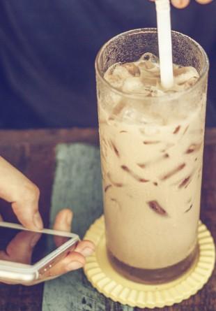 Prepară-ți singur cea mai bună cafea cu gheață!