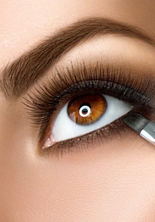MACHIAJ: Cum să te machiezi în funcție de culoarea ochilor