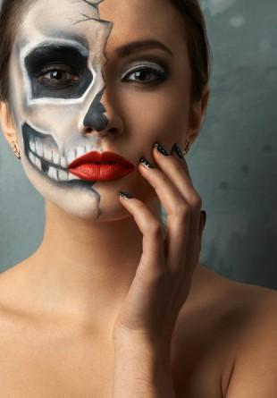 Cum te machiezi de Halloween?